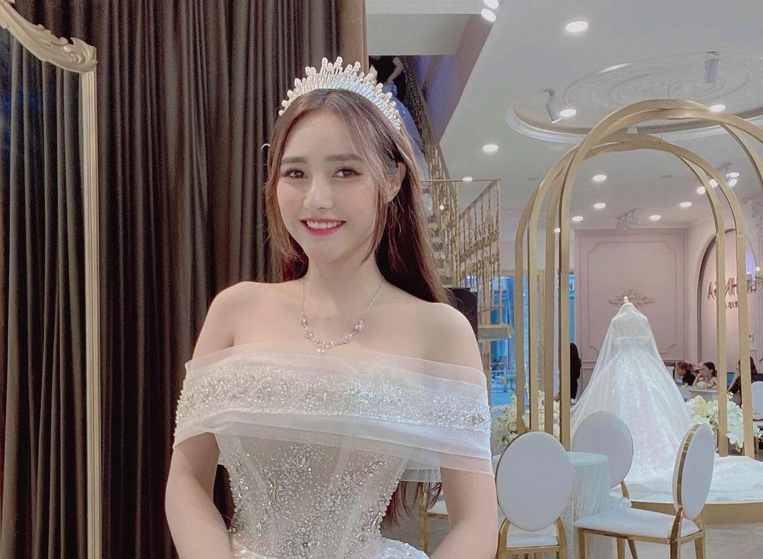 Jenny Yến, a Super Hot Vitnam Net Celebrity