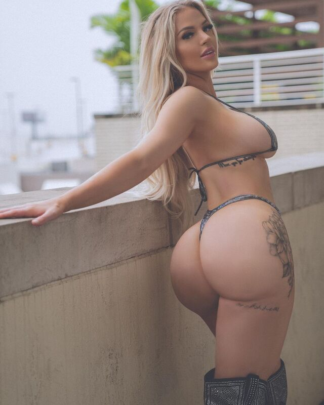 Kendra Karter, Juicy and Curvy Model From U.S.