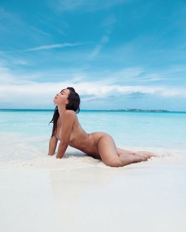 Ana Cherí, American Fitness Freak With Perfect Body Shape