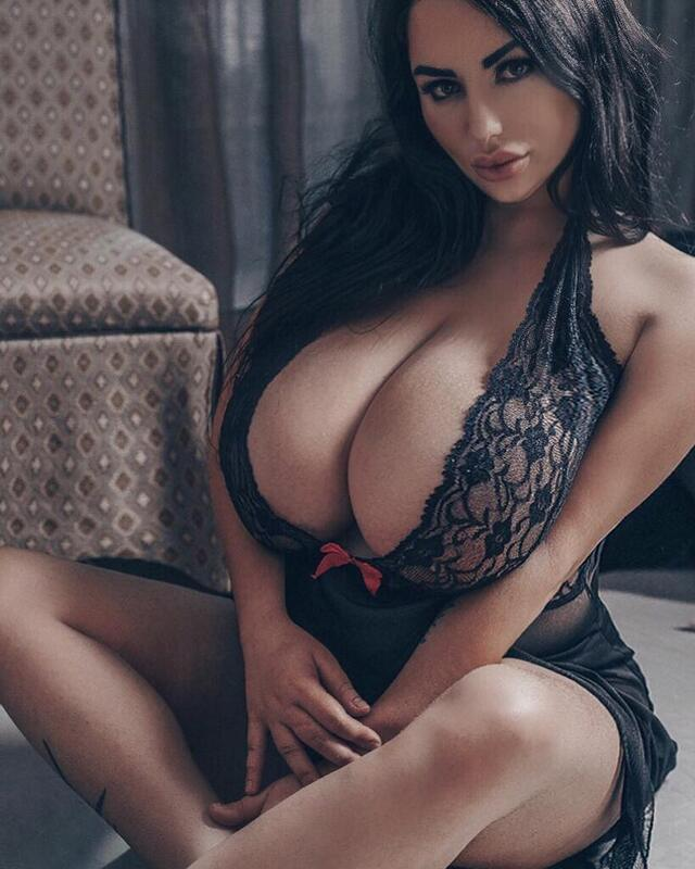 Anastasiya Berthier, curvy model and BBW from Russian