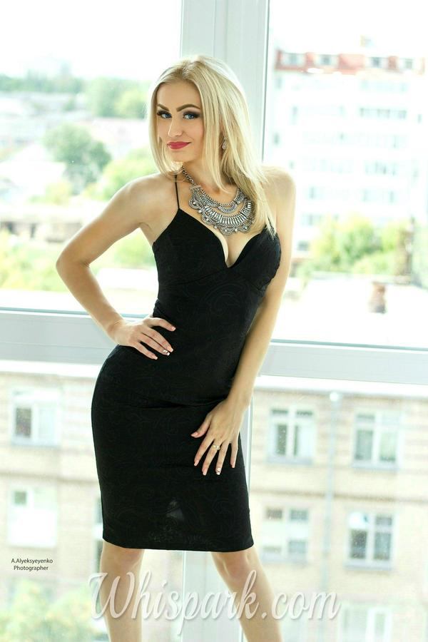 Ladies Wearing Black Dress Are Full of Mystery