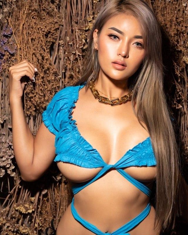 Faii Orapun, Hot Busty Social Media Star